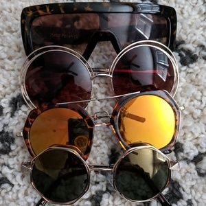 4 pairs of sunglasses for one!